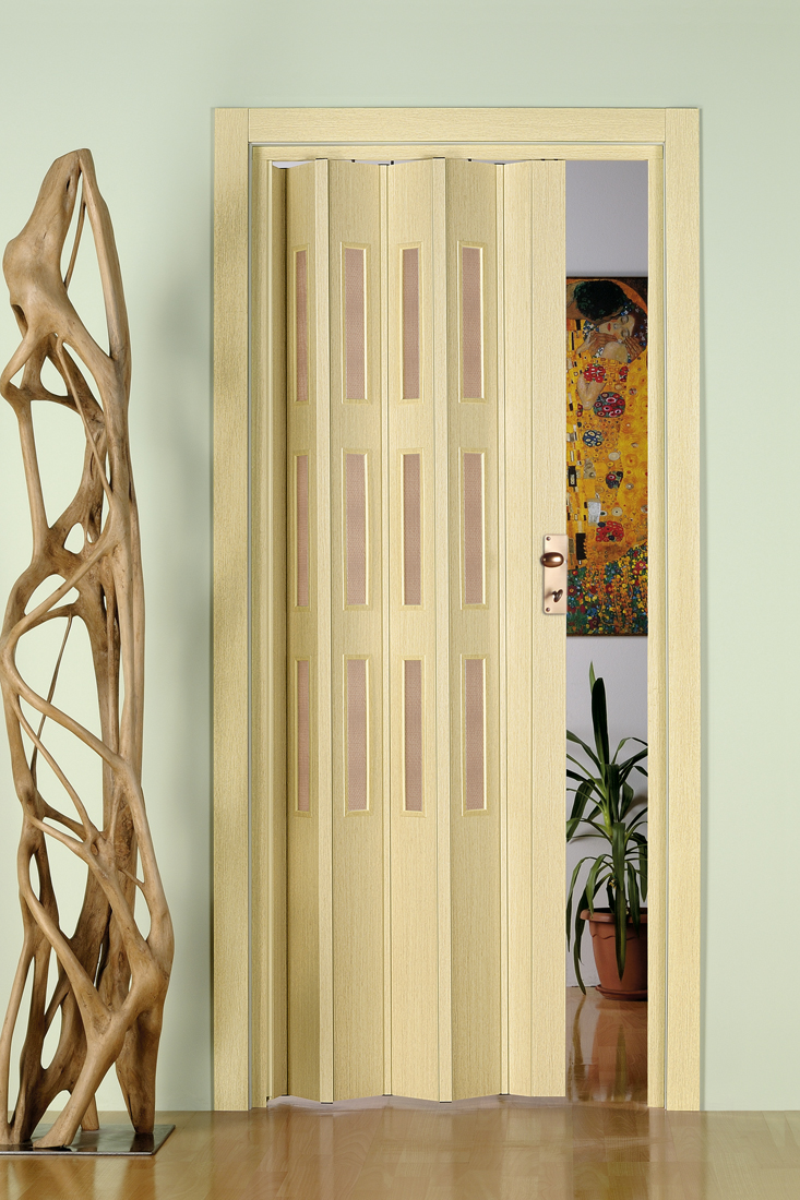דלת מתקפלת צבעים חלקים זיגוג דקורטיבי